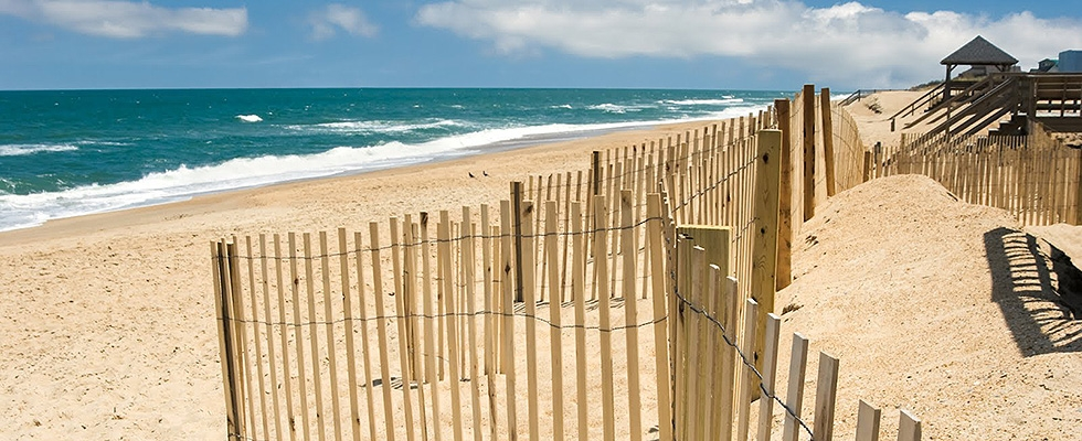 <p>Visit the beautiful beaches of the outer banks.</p>